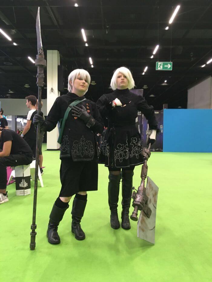 teamoogle nier automata cosplay at gamescom 2018