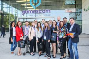 gamescom and g2a employees