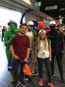gamescom 2018 anonymous cosplay