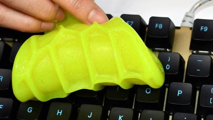 The cleaning slime for keyboard