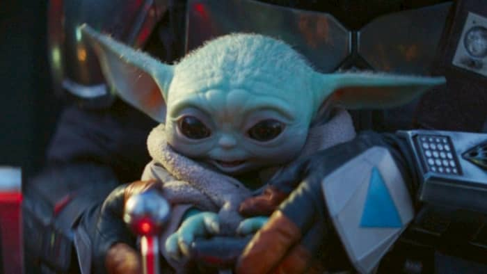 star-wars-the-mandalorian-baby-yoda-12-12-2019.jpg